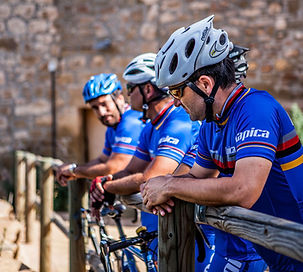 cycling tours holidays catalonia