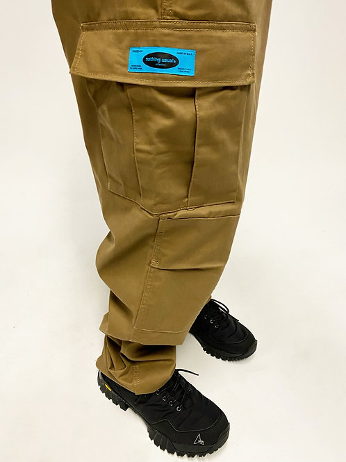 Nothing Usual® Collection - Twill Cargo Pants. (Coyote)