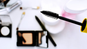 How to make your mascara last the whole day
