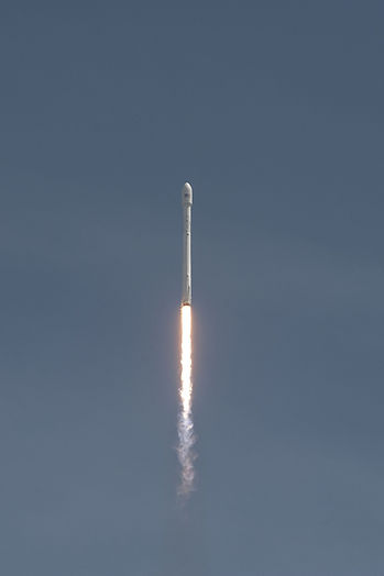 rocket-launch-693269_1920.jpg