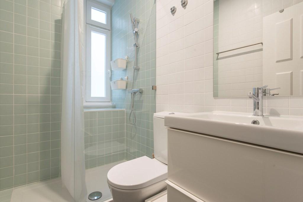 - SA - Casa de Banho. Bathroom - Q1, Q2 - Foto 2.jpg