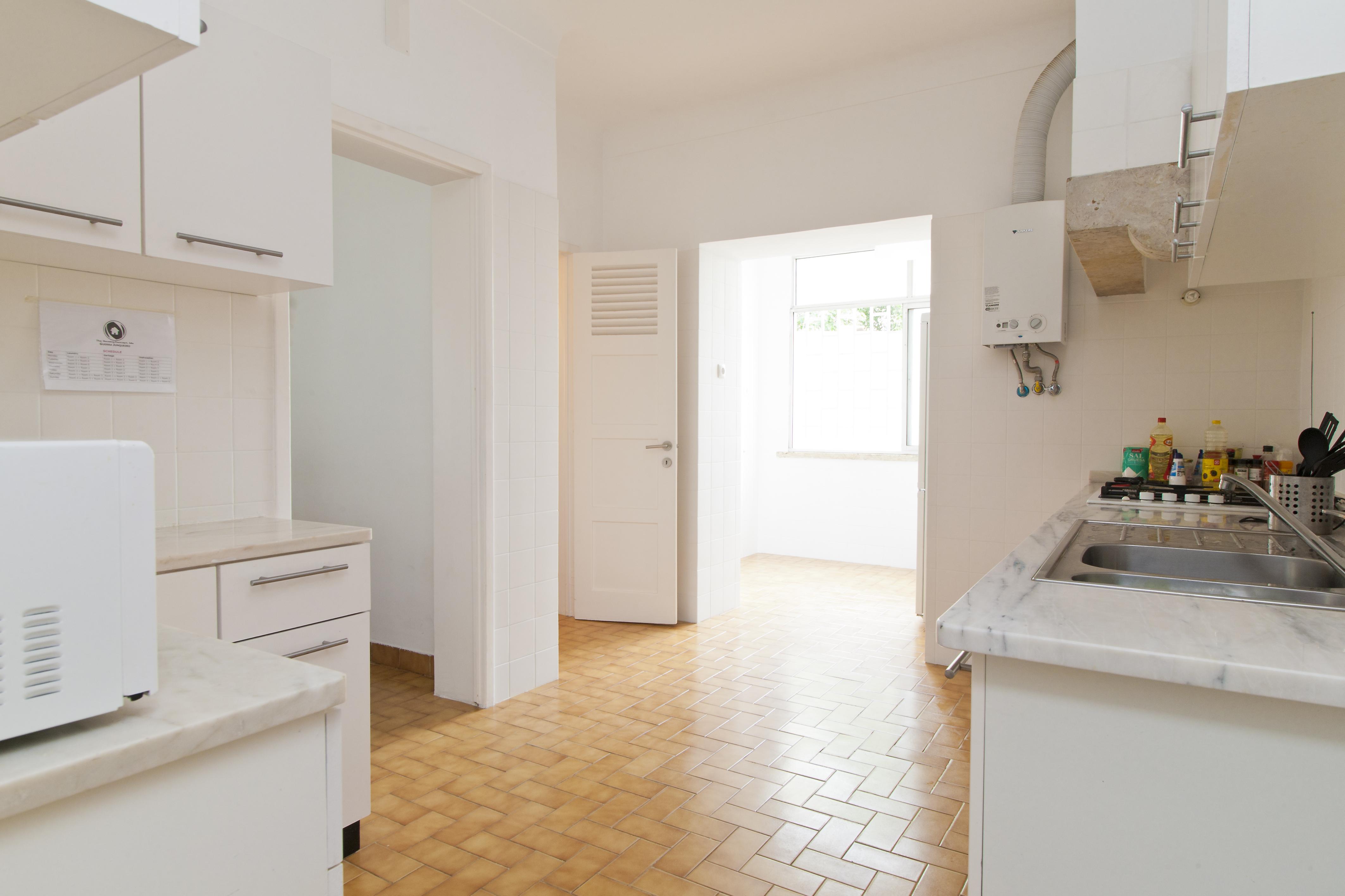 GJ - Kitchen - Foto 0.jpg