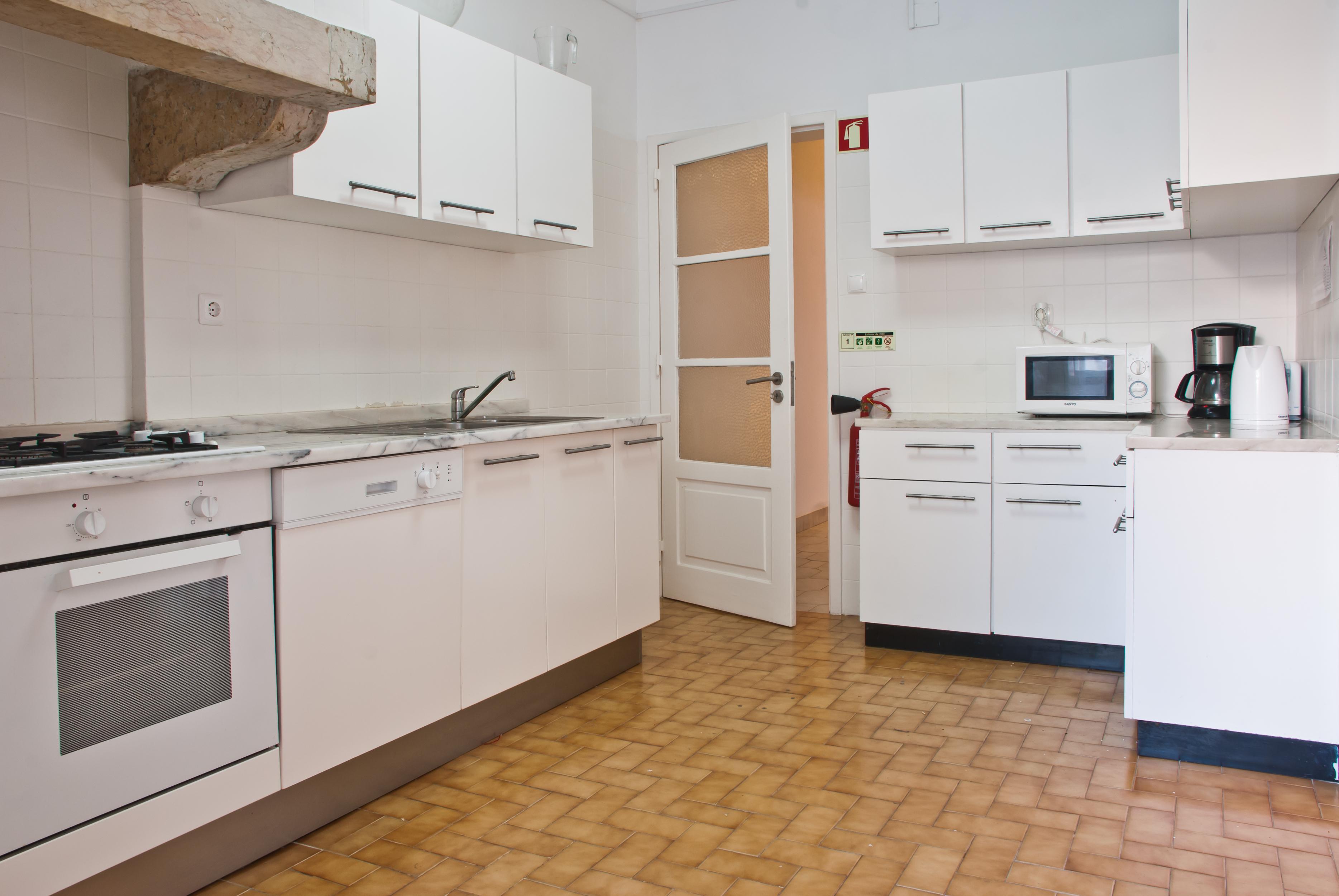 GJ - Kitchen - Foto 1.jpg