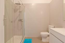 ES_-_Casa_Banho.Bathroom_-_Quarto.Room_nºX.1_-_X.3_-_Foto_1.JPG
