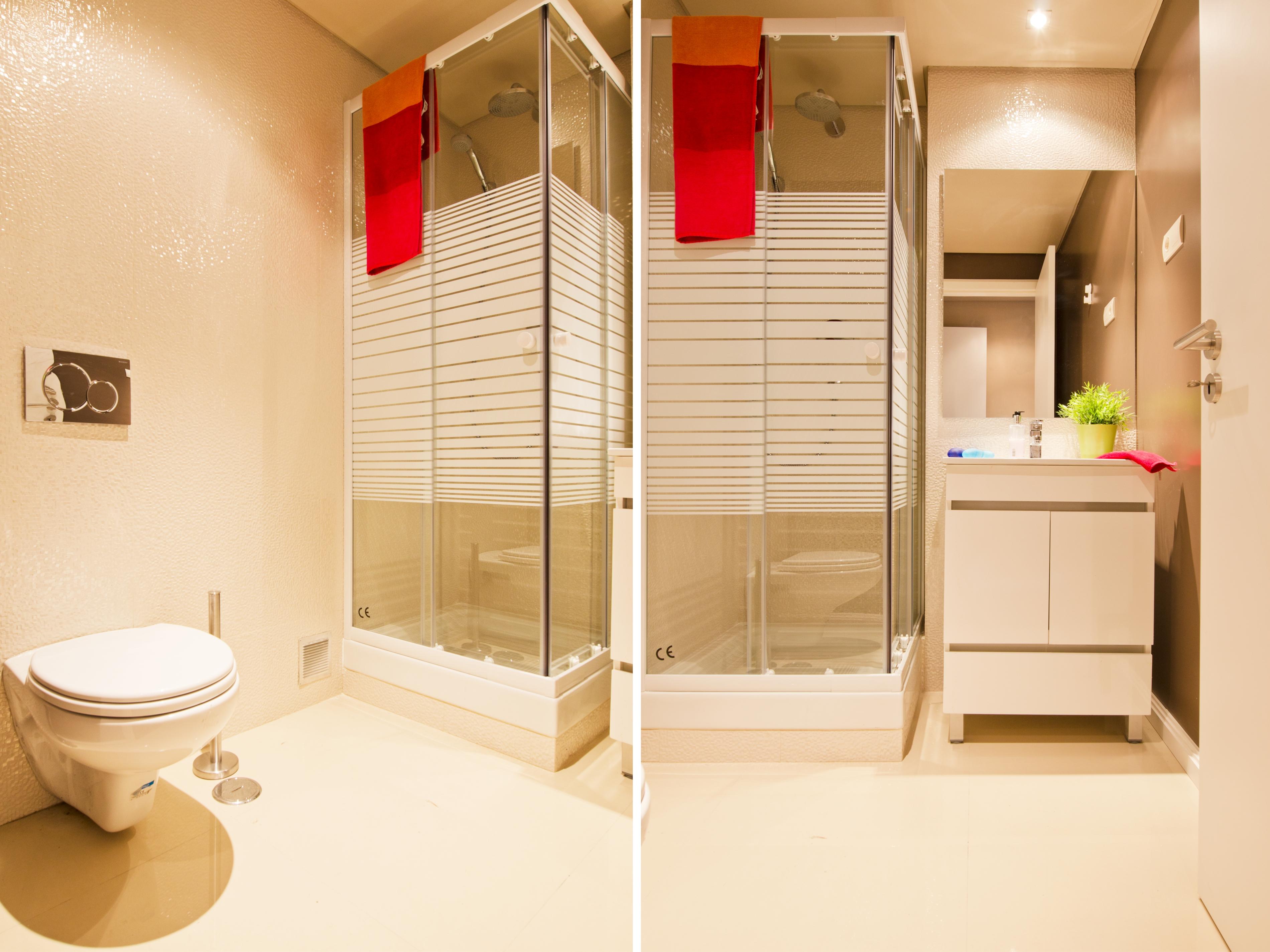 PE - Suite 4 - IS.Bathroom - Foto 6.JPG