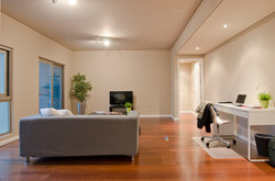 PE - Suite 5 - Foto 2 - Living.JPG