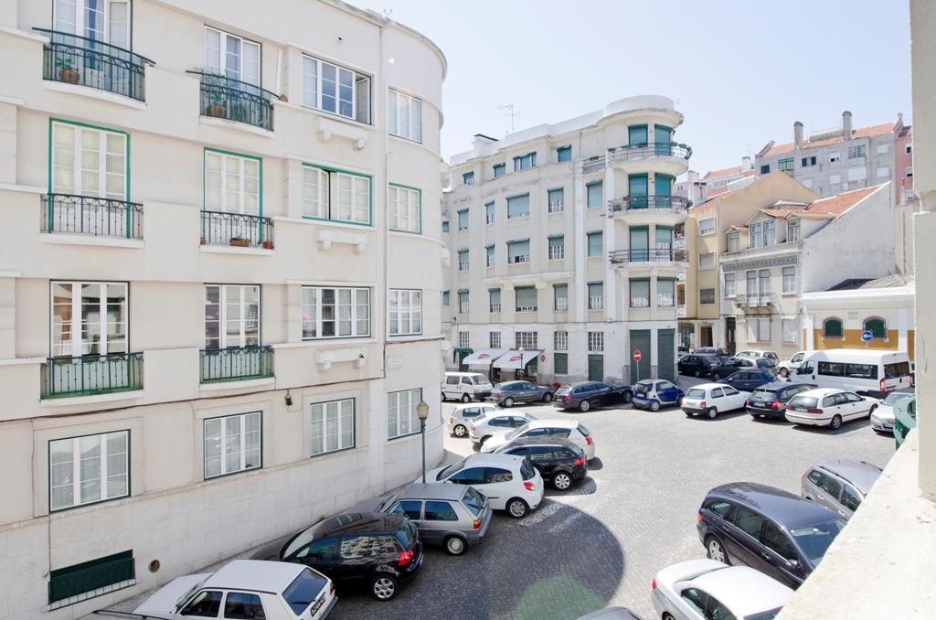AJ_-_Quarto.Room_nº2_-_Vista.View_2.JPG
