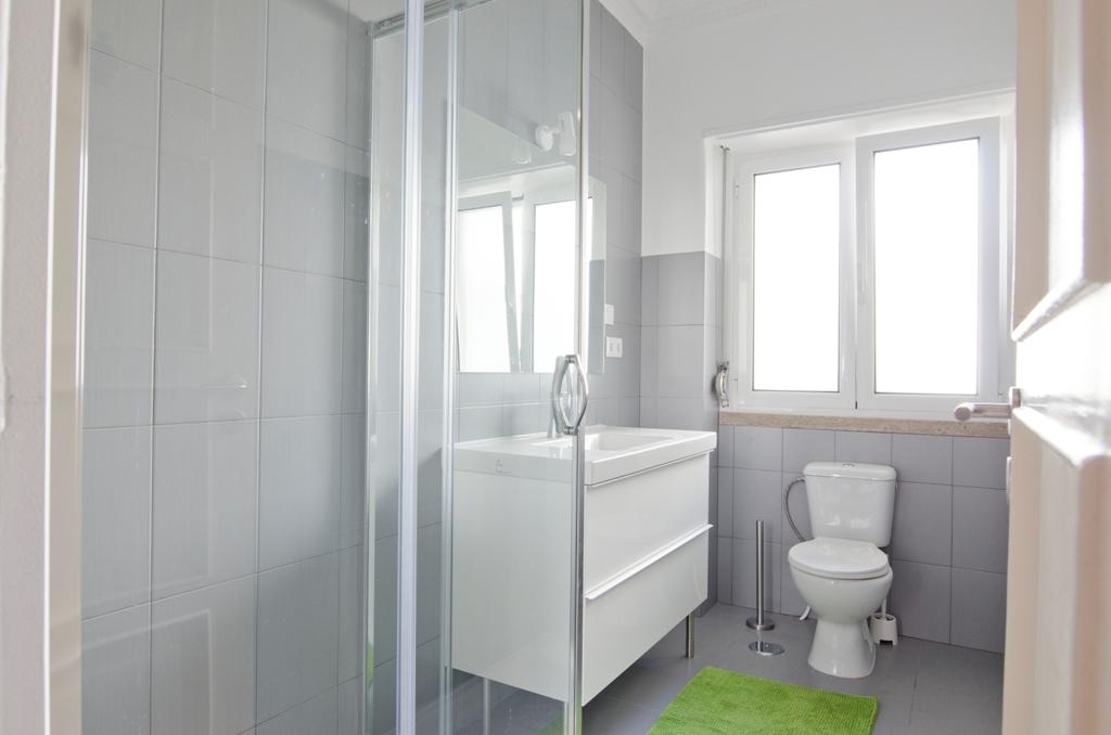 BE - Casa de banho. Bathroom Q5-Q8 - Foto 1.JPG