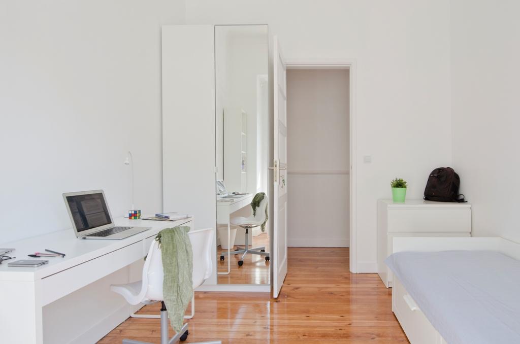 AJ_-_Quarto.Room_nº8_-_Foto_4.JPG