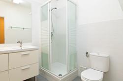 PR_Flat_rooms_-_Bathroom__nº2_-_Room_nº5_to_8_-_Foto_1.jpg
