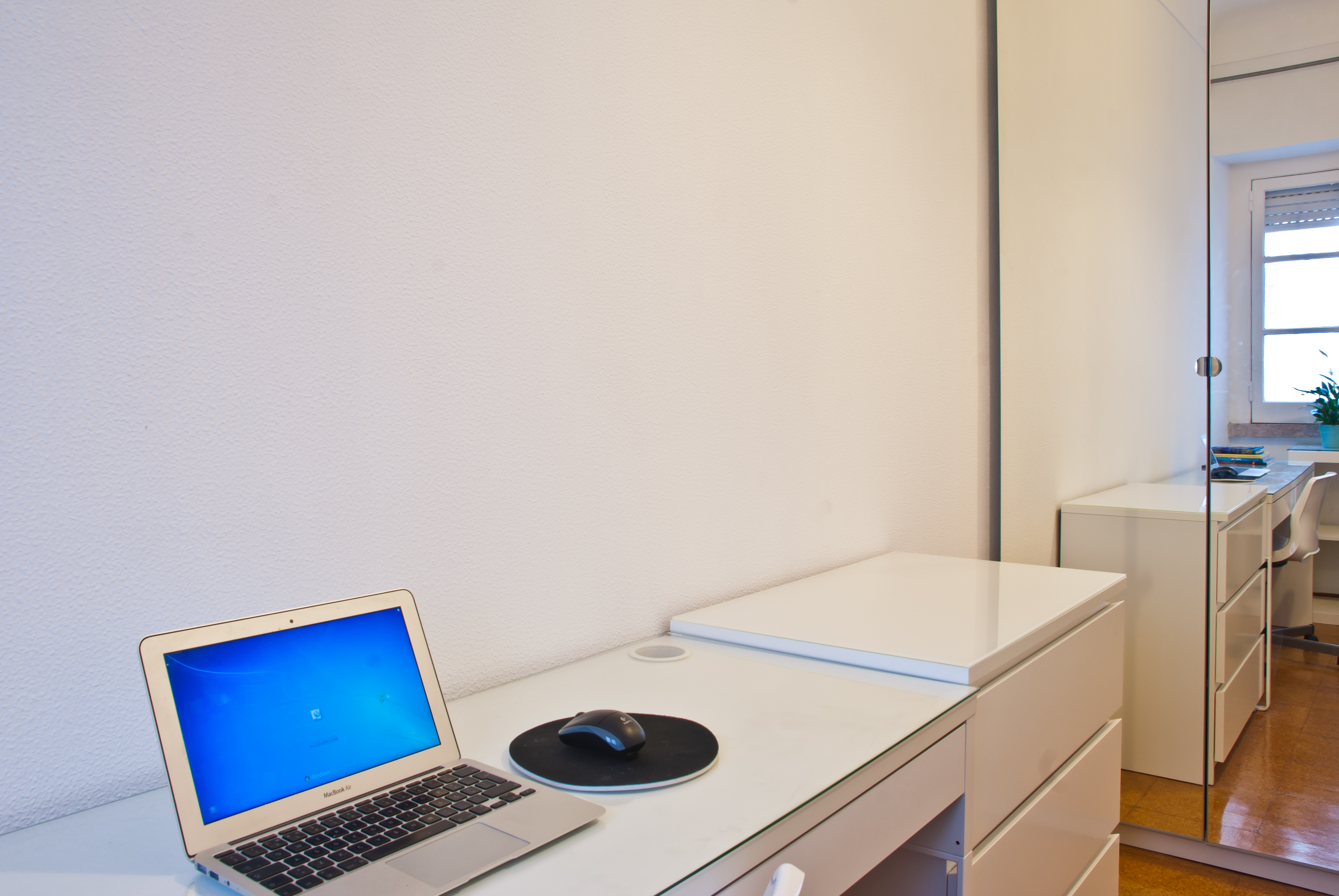 GJ_-_Quarto.Room_nº6_-_Foto_2.jpg