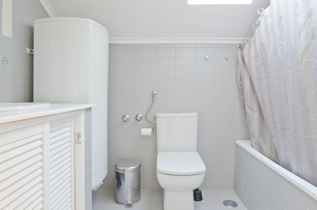 AB_-_Sotão.Attic_-_Casa_de_Banho.Bathroom_-_Foto_1.JPG