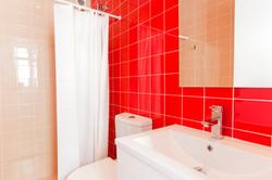 TE - Suite 3 - IS.Bathroom - Foto 1.JPG