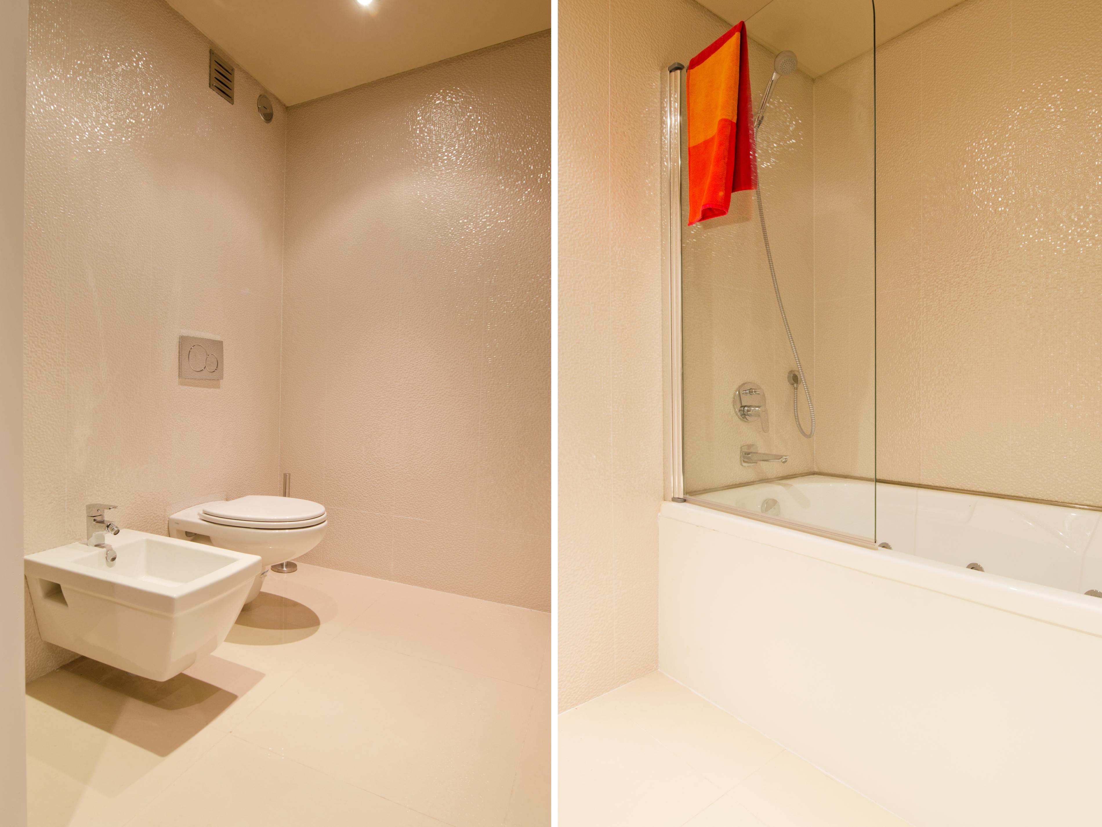 PE - Suite 1 - IS.Bathroom - Foto 3.JPG