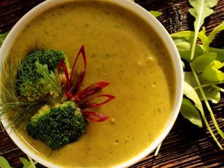 Sopa Vegana de Mandioquinha