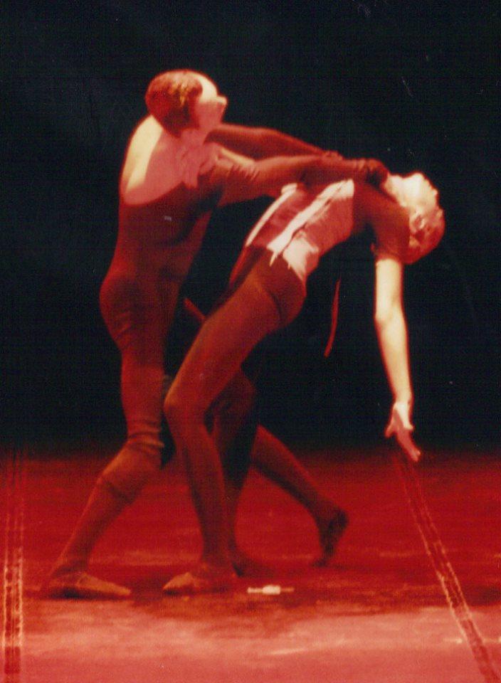 Sociedade Contemporânea - 2003