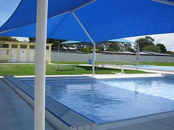 Heyfield memorial pool 2.jpg