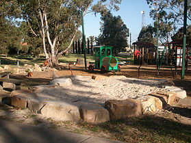 Heyfield-Apex-Park playground.jpg