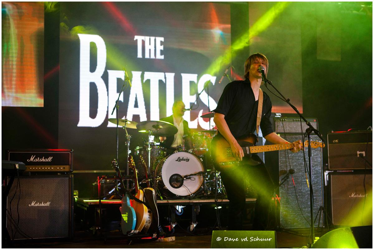 Beatles_by_Bertolff_00.jpg