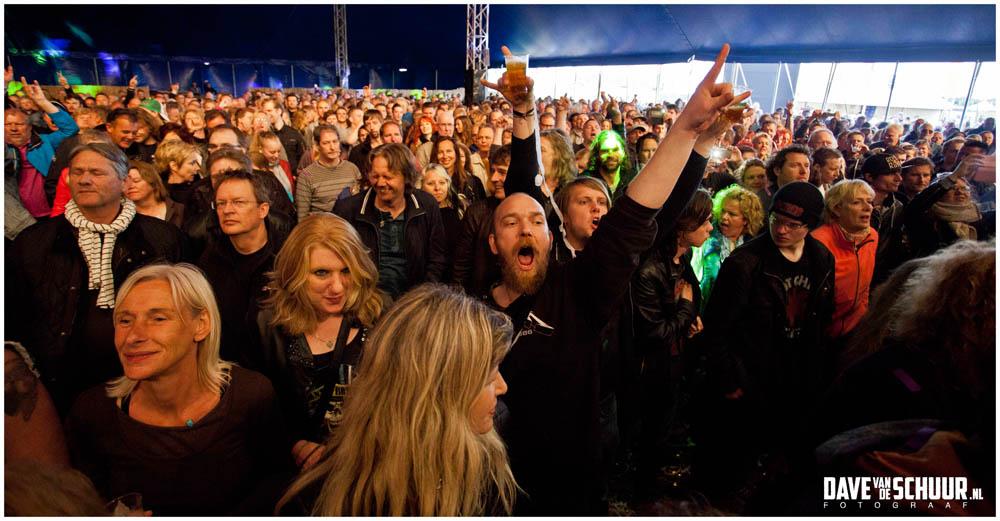 ACDC UK Coverland 2015 04