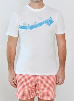 Editions Dubai Coastline T Shirt and Ghutra Red Short