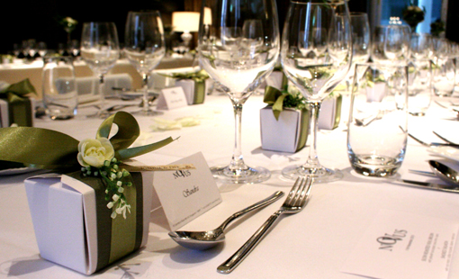 elegant favors table setting