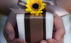 flower wedding favor box