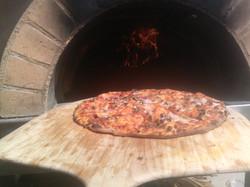 wood fired pizza.jpg