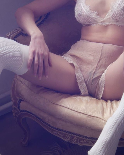 #exquisite #details #woman #intimate #li