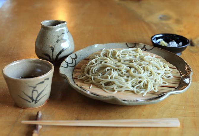 太門窯の器で源さんのお蕎麦を!