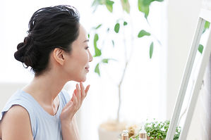 Middle women who do skin care.jpg