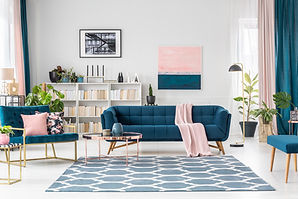 Patterned carpet in pink and blue living