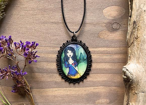Resin Necklace - Margaretha - Homage to Snow White
