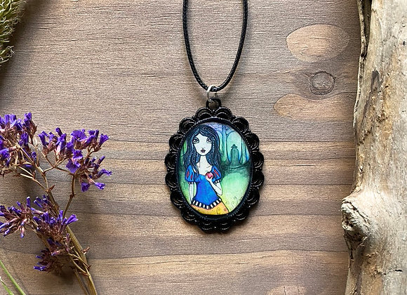Resin Necklace - Margaretha - Homage to Snow White