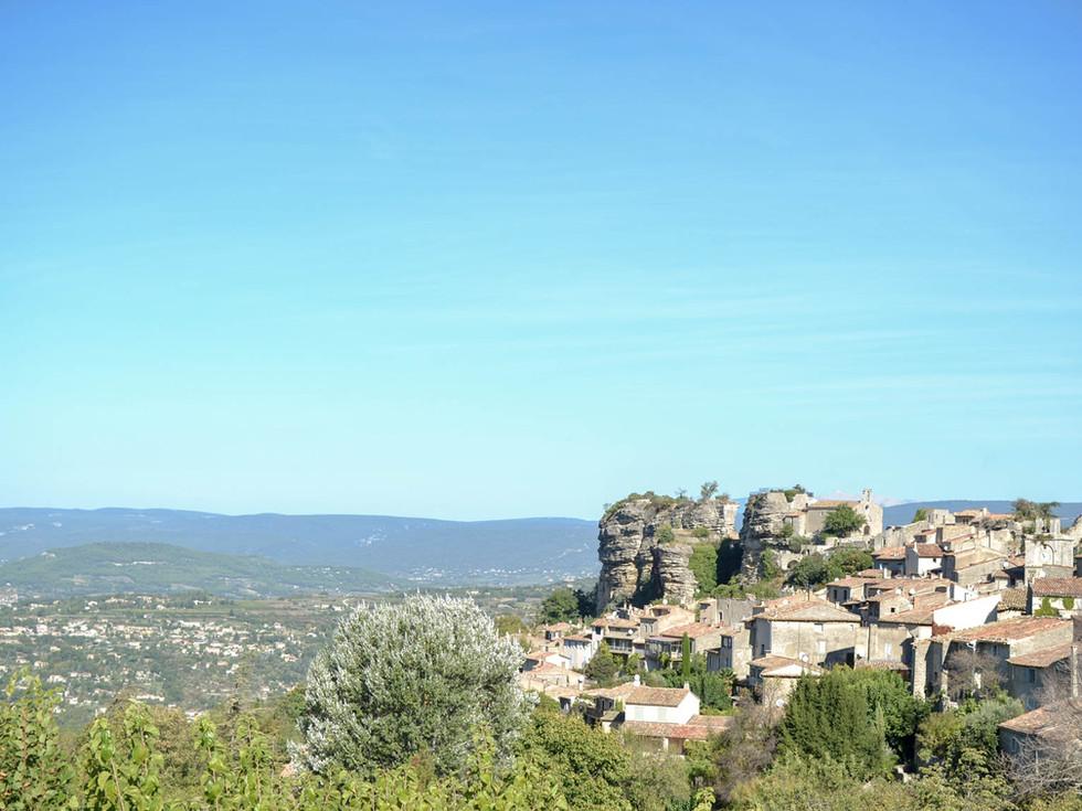 village-provence-Saignon-Vaucluse.jpg