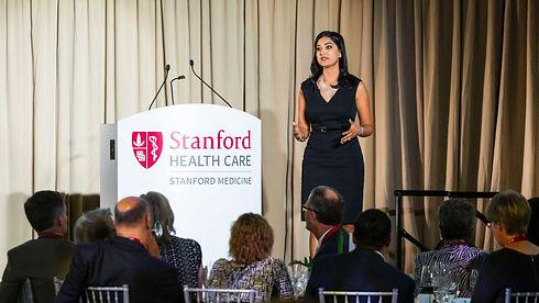 Parul Somani at New Stanford Hospital_edited.jpg