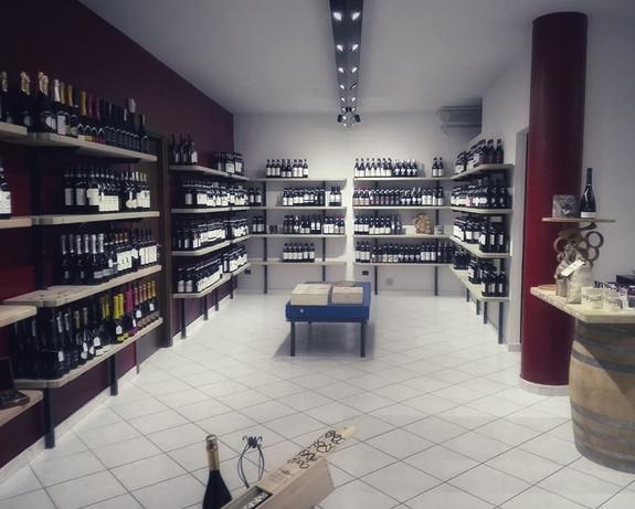 Barolo Store 06-01.jpeg