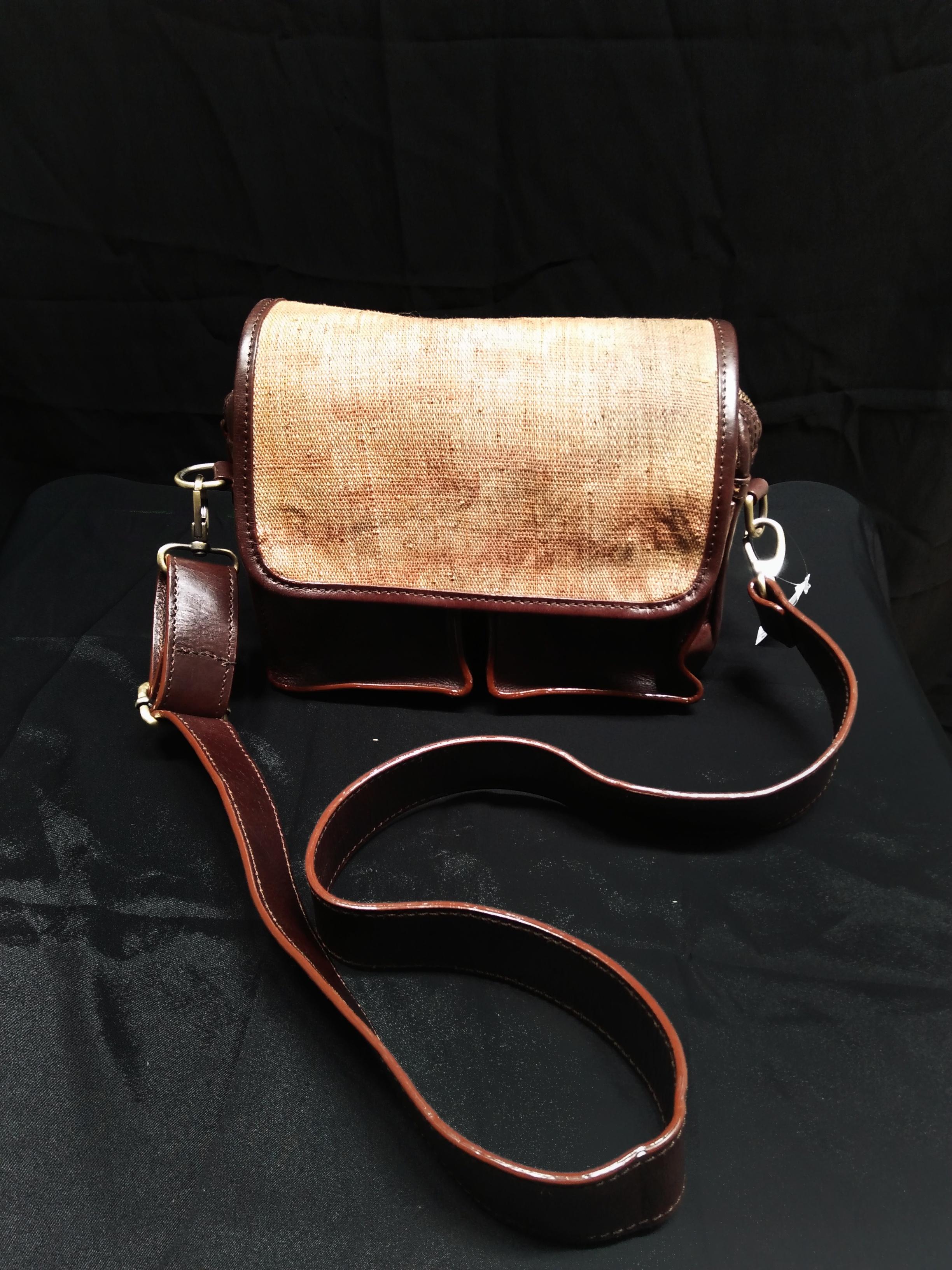 Doyo Sling Bag 02 - Brown