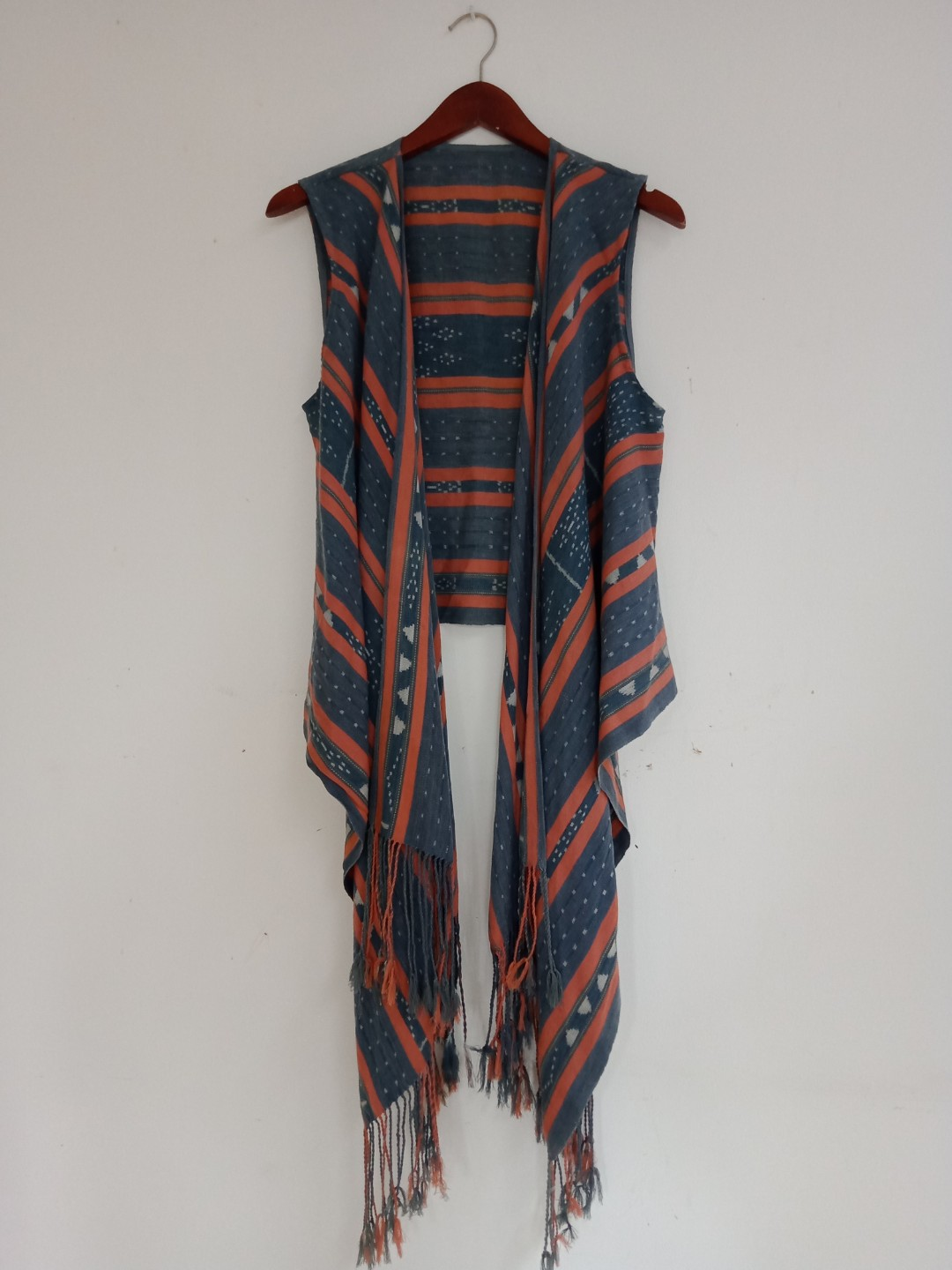 Outer Ikat Woven 04