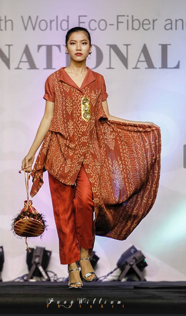 Sikka Woven for Show