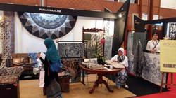 Mrs. Candra and Rumah Warlami