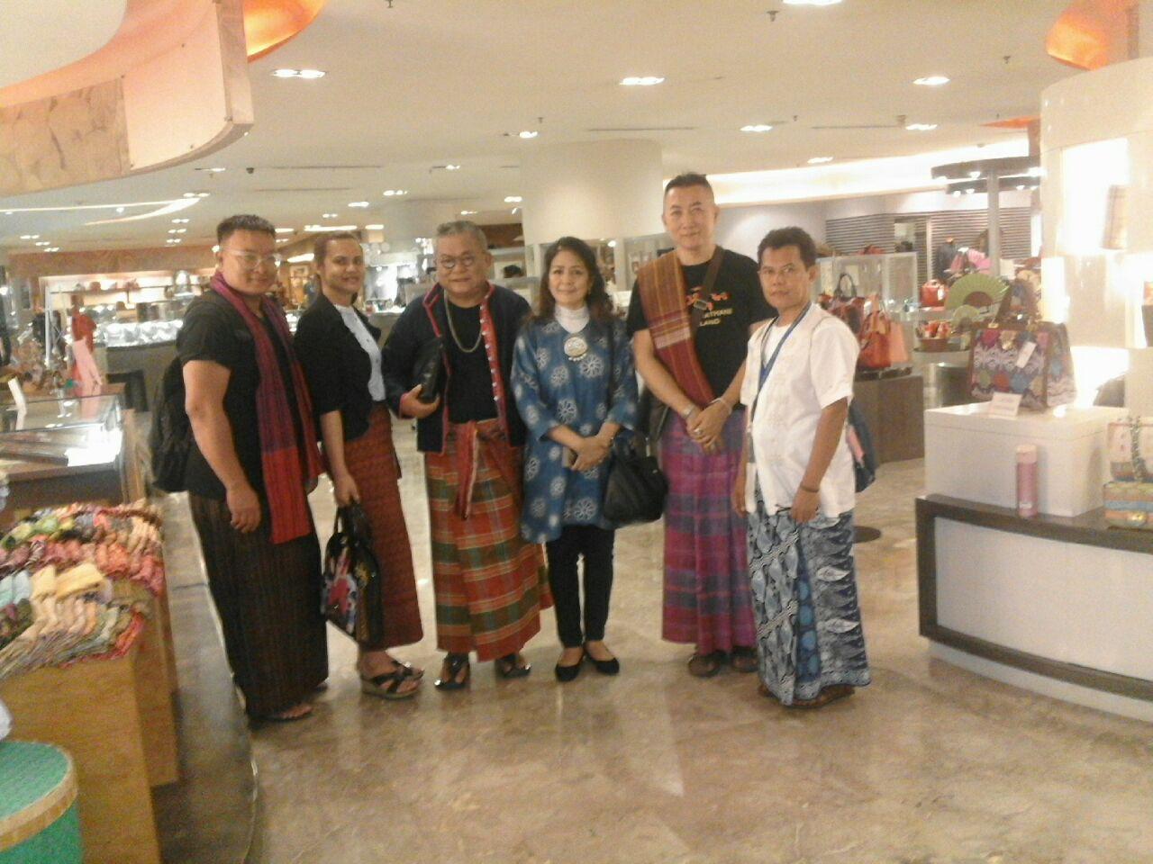 Rumah Rakuji and friends
