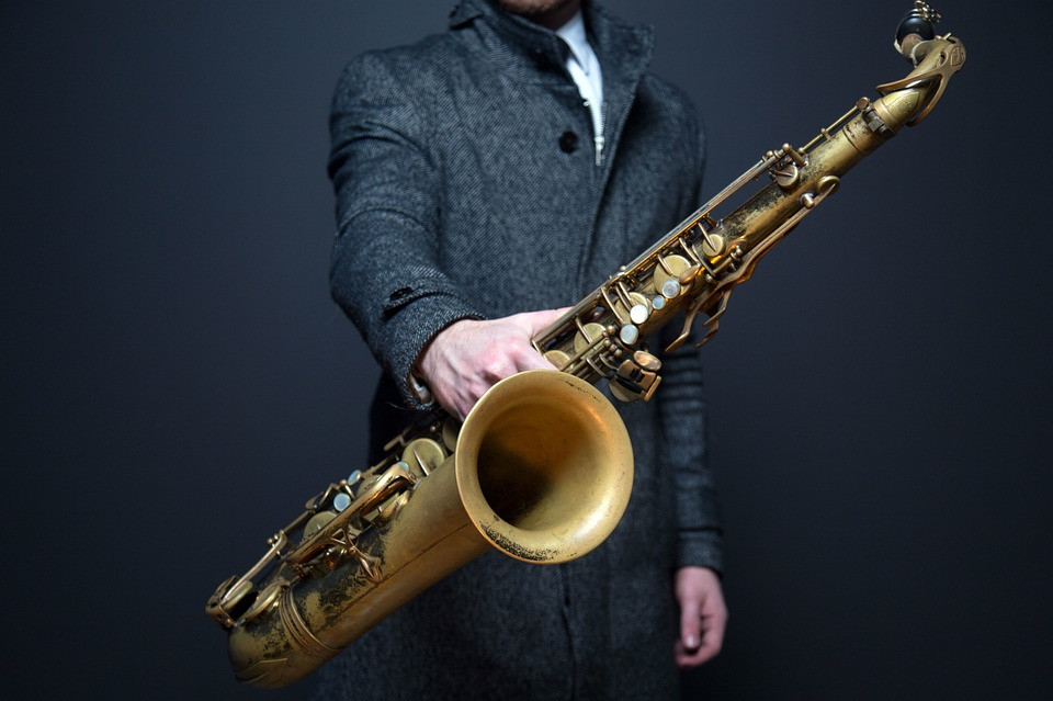 saxophone music in medoc instruments de