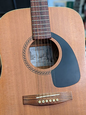 Guitare Folk Art & Lutherie - Canada Bon Etat - Modèle SPRUCE guitare bordeaux gironde