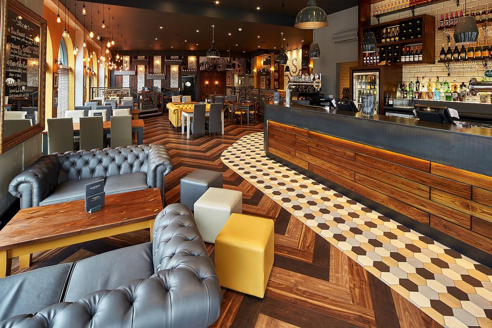Bar and Restaurant Photography