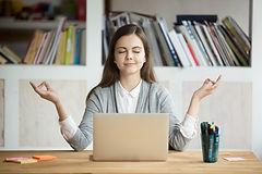 vrouw zen op het werk.jpg