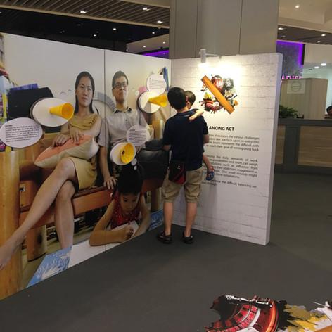 Yellow Ribbon Mall Outreach 2016_8-min.J