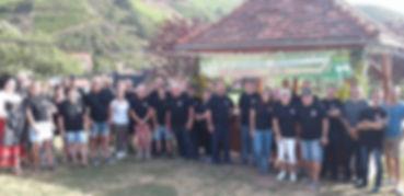groupe bénévoles (2).jpg