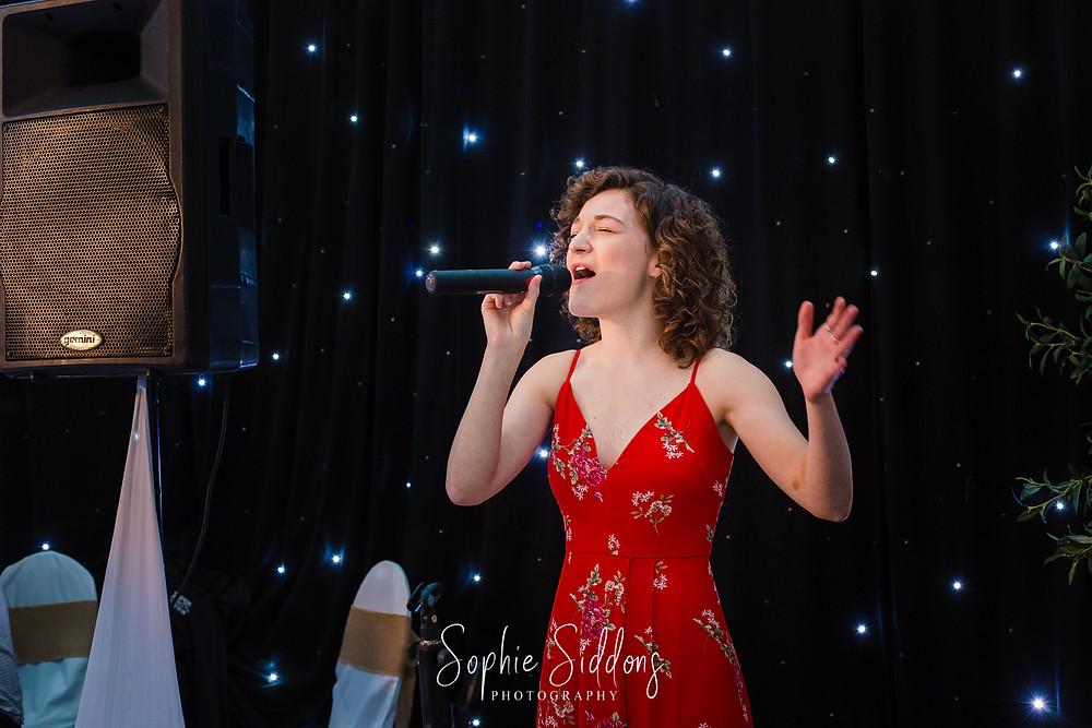 Abi Farrell, vocalist Oxfordhire