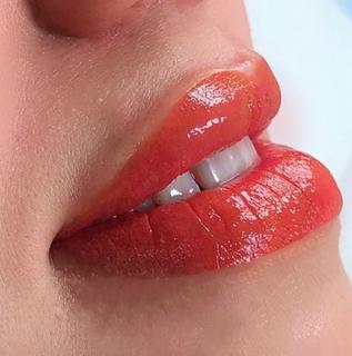Jessica Lips 1.png